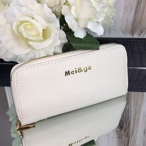 🦋3/$25 Mei & Ge Wallet with mini photo wallet